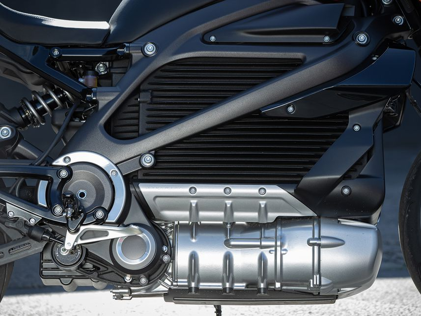 2020 Harley-Davidson LiveWire RESS lithium-ion battery and Revelation permanent-magnet electric motor.