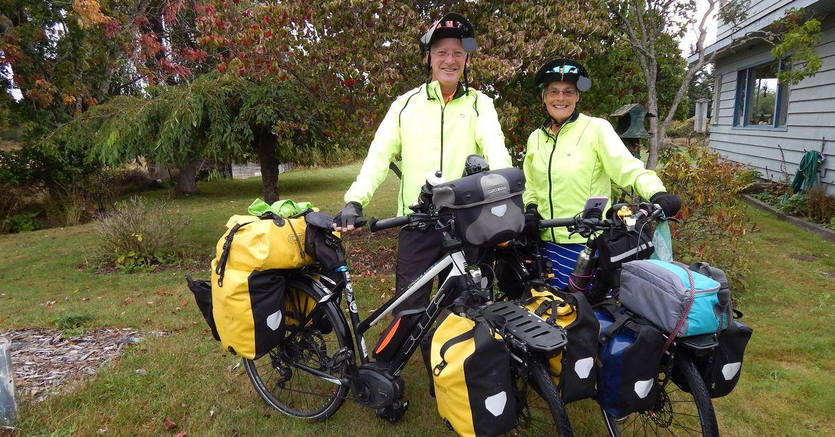 Couple Circumnavigates The US On Ebikes