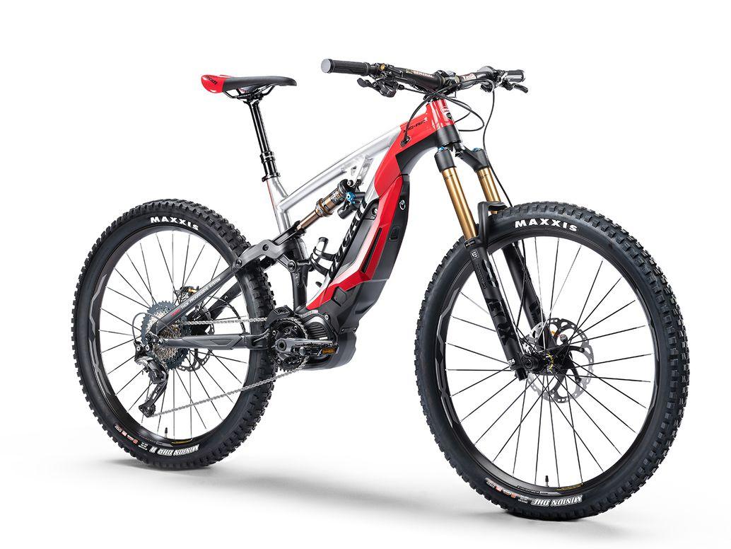 Bicicleta de montaña eléctrica Ducati MIG-RR sobre fondo blanco.