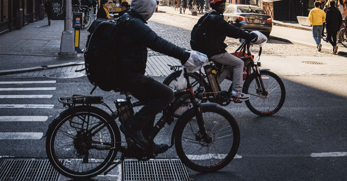 NY's Cuomo Announces Plan To Legalize Ebikes, Escooters
